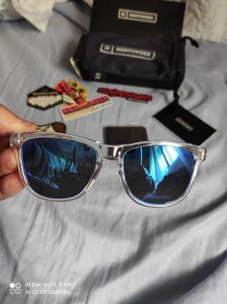 gafas de sol espejo polarizadas nuevas a estrenar