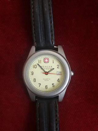 reloj wenger sak design