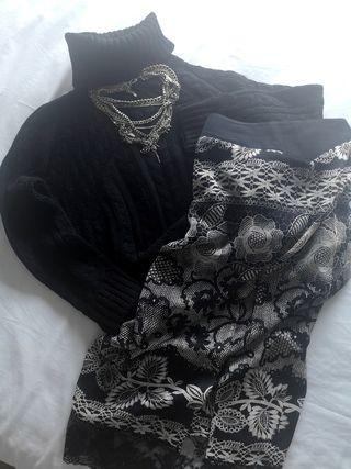 Falda larga estampada negra