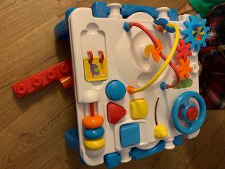 Mesa actividades juguete