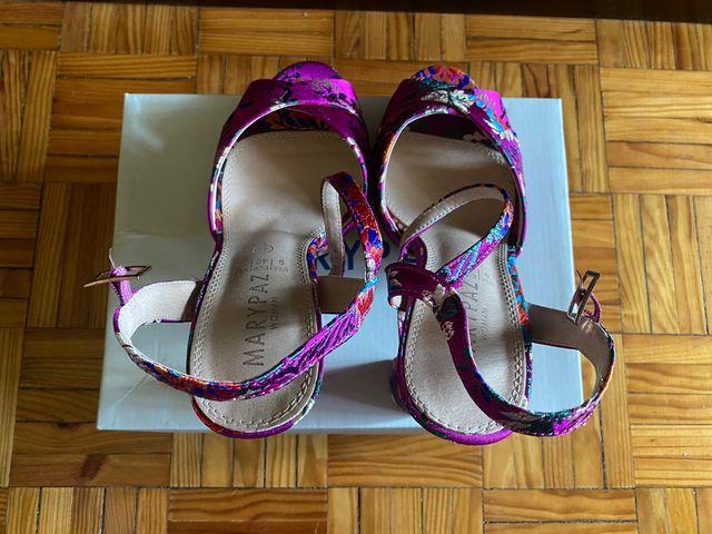Sandalias de tacón talla 40