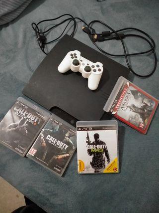 PlayStation 3 nueva + 4 juegos.