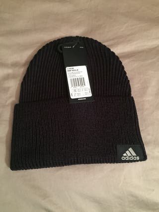 Gorro negro Adidas nuevo