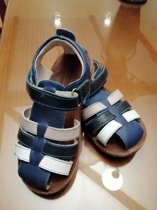 sandalias de piel de niño número 27