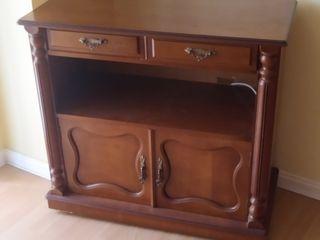 Mesa para televisión