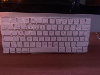"iMac 21,5"" mediados de 2010"