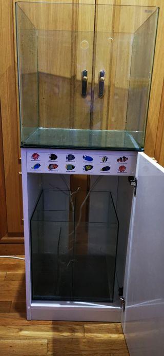 Acuario cubo Blau 90 litros