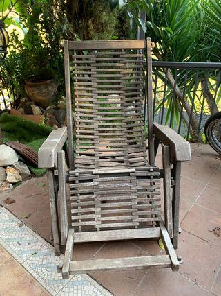 Tumbona y silla madera tropical