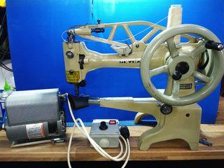 Maquina de coser de zapatero.