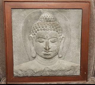 Rostro Buda piedra con marco madera (Tailandia).