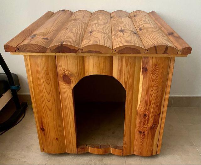 Caseta perro gatos madera maciza barnizada