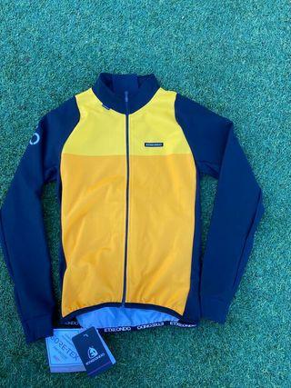 chaqueta ciclismo etxeondo nueva