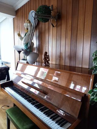Piano CHERNI