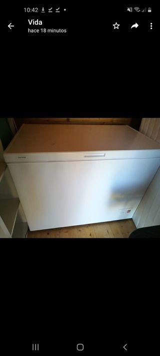 congelador baúl saivod AT1106