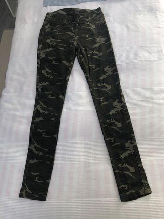 Mallas militar Zara para 13/14 años o talla 32