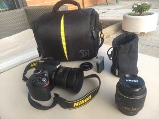 Nikon D3200 + 2 objetivos (35mm y 18-55mm)