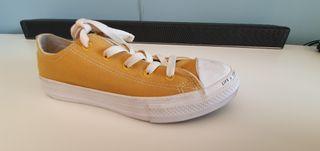 Zapatillas Converse color mostaza