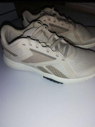 zapatillas mujer Reebok flexagon energy tr2 38,5