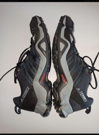 zapatillas trekking mujer Adidas terrex N 39 1,3