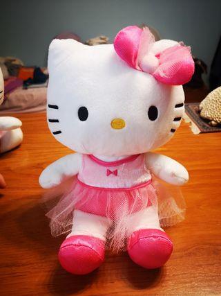 hello kitty con tutu rosa