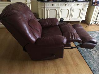 Sillón reclinable cuero marrón