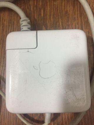 Cable alimentacion corriente portátil Apple
