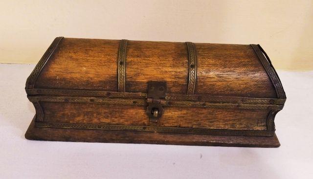 caja pequeña decorativa de madera