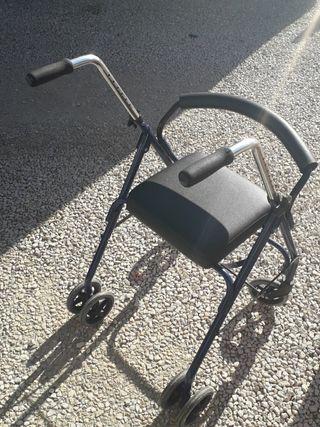 Andador de ancianos