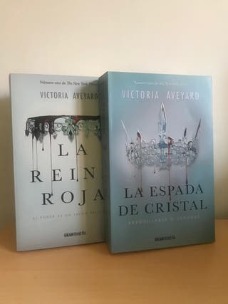 Libro La reina roja/ La espada de cristal