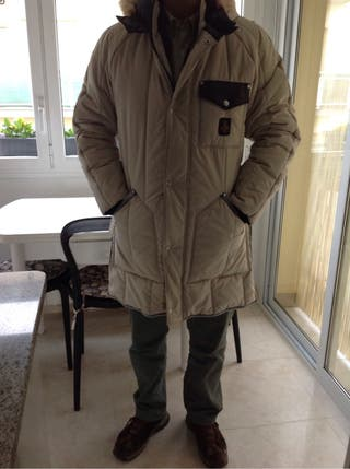 Chaqueta Larga, tipo abrigo. Marca RefrigilWear