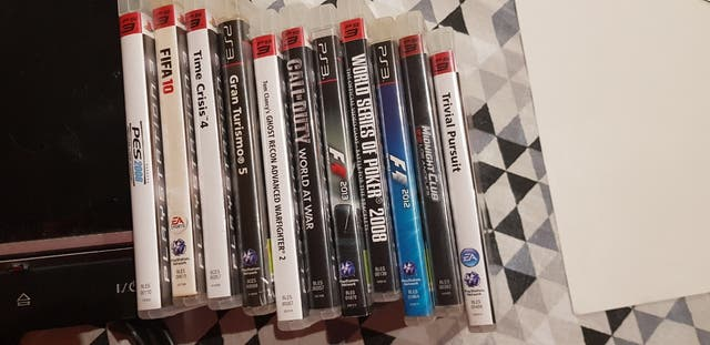 se vende consola Play Station 3.