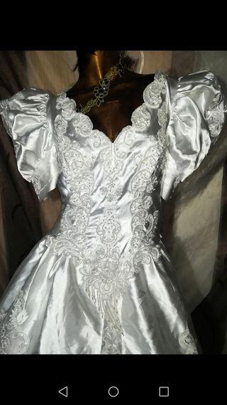 Vestido de novia talla 46 de Pronovias