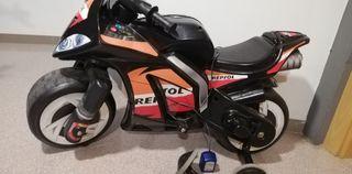 Moto bateria Repsol