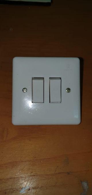 Interruptor conmutados Simon nuevos