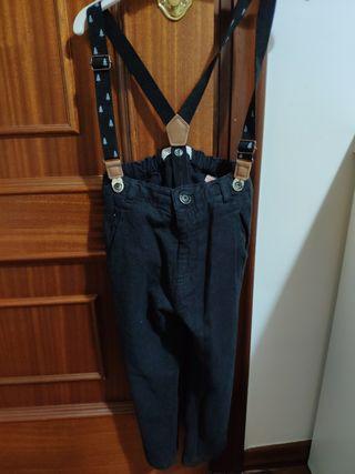 pantalón con tirantes t. 3-4