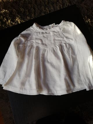 Blusa camisa Plumeti blanco gocco 18 24 meses