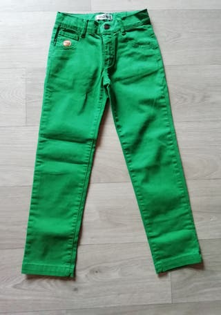 Pantalón talla 5/6 años