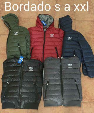 Se venden abrigos de hombre Adidas y the Nort Face