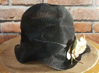 Antiguo sombrero años 20