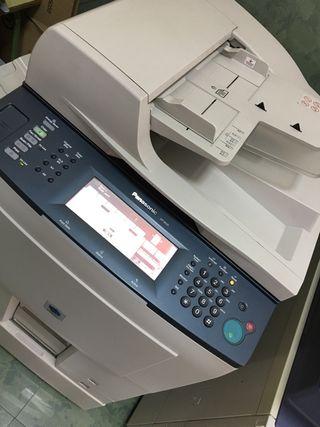 Fotocopiadoras profesionales (2) Sharp y Panasonic