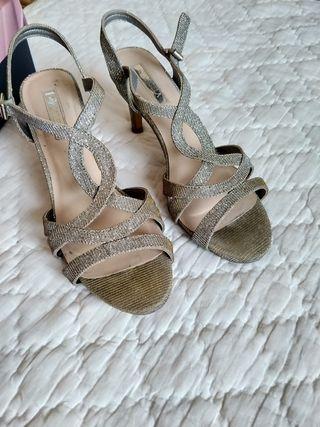 Sandalias de tacón con brillo