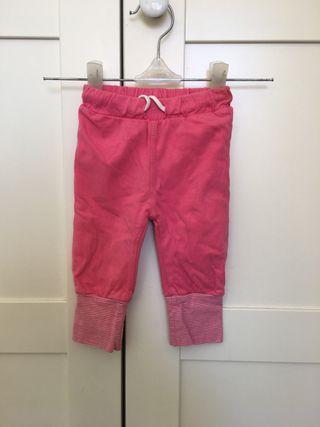 Pantalón tela fucsia bebé, talla 62/2-4 meses