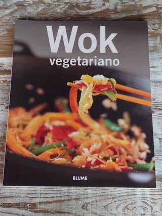 Wok / Vegetariano / Libro de Cocina / Blume