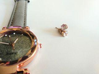 Conjunto de reloj con pendientes de oro medicinal
