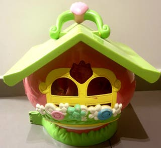 Preciosa casita de Tarta de Fresa.