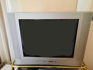 Televisión Antigua marca Savoid