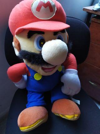 peluche de Mario