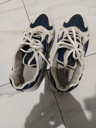 zapatillas en buen estado