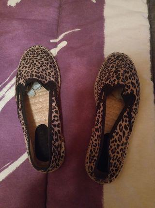 alpargatas leopardo N.38