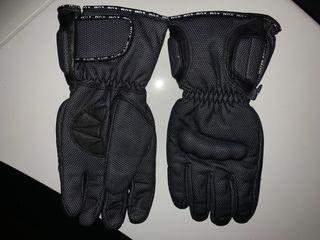 Se venden guantes de moto y quad